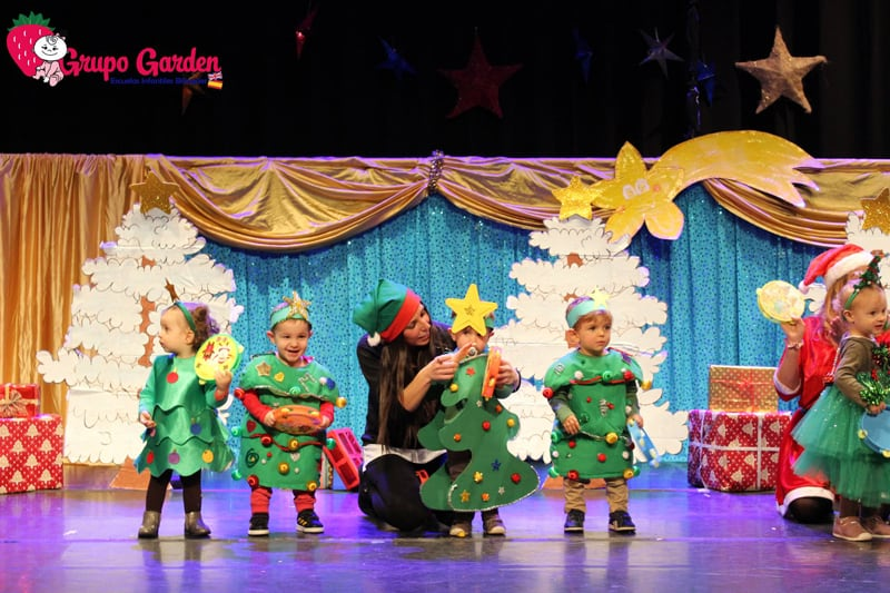 cantar canciones de Navidad en inglés
